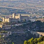 Umbria. Terra di fede rievocata da arte e scrittura. Sulle orme di San Francesco e Raffaello